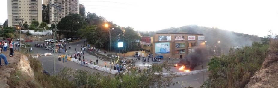 #NoHayPaso na região de Los Naranjos, em Caracas
