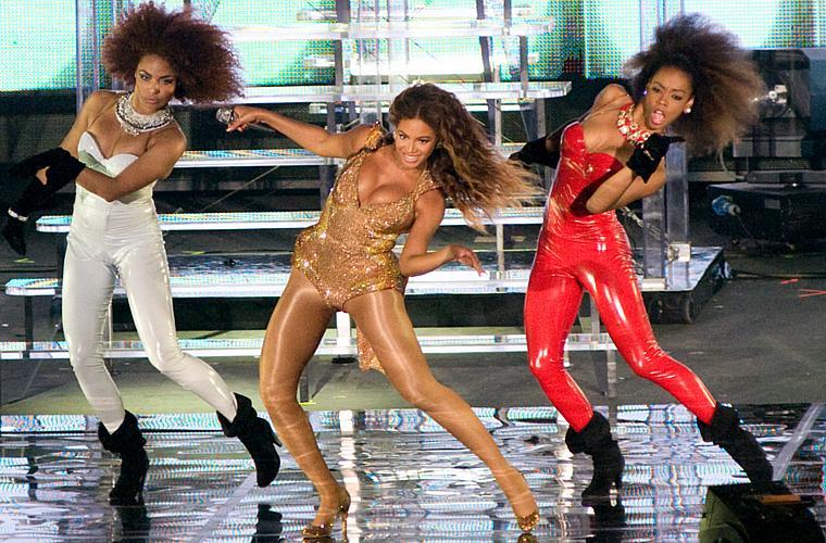 Beyoncé recebeu o maior número de indicações à 52ª edição do Grammy, e vai concorrer a 10 prêmios, entre eles o de Melhor Álbum e Música do Ano.