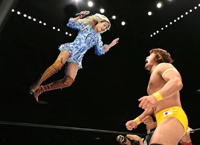 Beyoncé salta sobre o oponente no ringue
