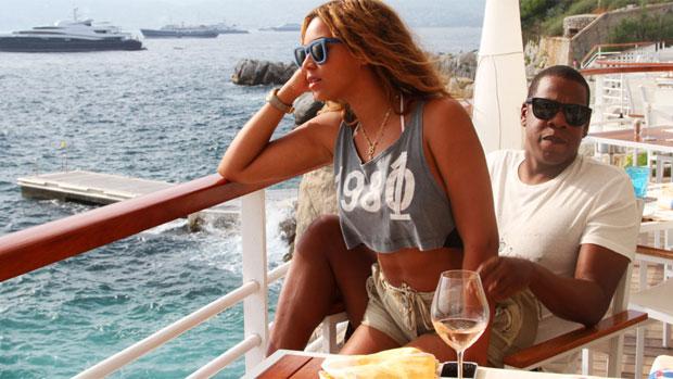 Beyoncé e Jay-Z aproveitam viagem em navio