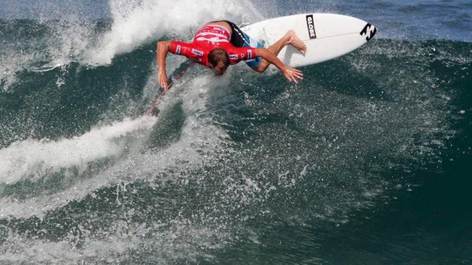 Taj Burrow, surfista australiano durante campeonato Billabong Pro Rio da Associação Profissional de Surfe (ASP) realizado na praia do Arpoador