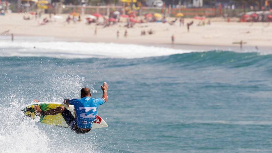 Fredeick Patacchia, surfista norte-americano durante campeonato Billabong Pro Rio da Associação Profissional de Surfe (ASP) realizado na praia do Arpoador