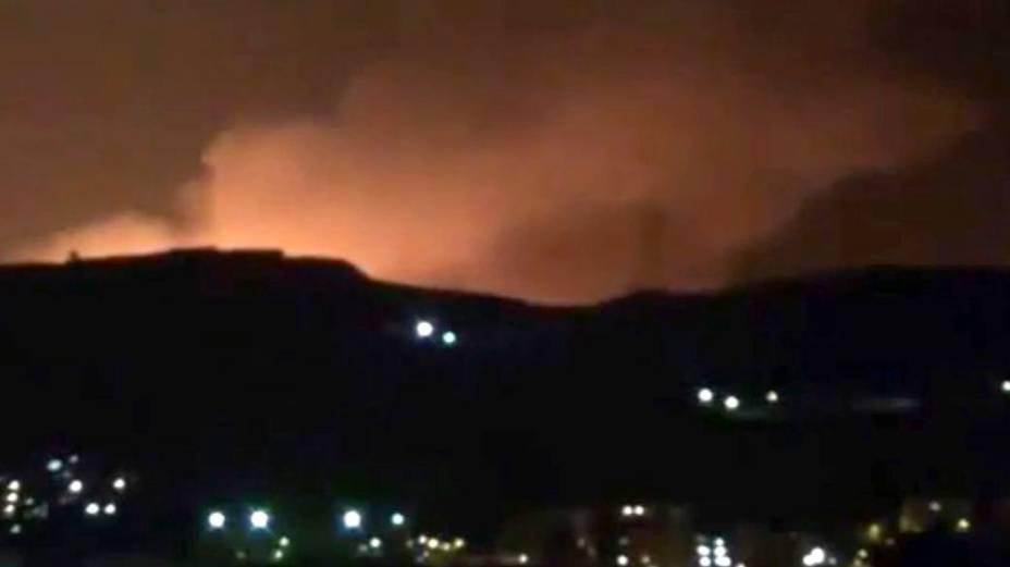 Explosão nos arredores de Damasco durante ataque aéreo israelense