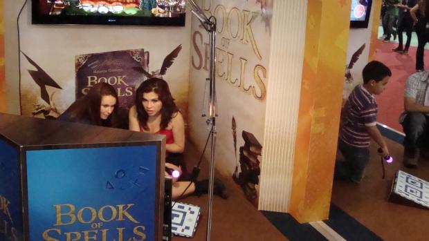 Book of Spells no estande da Sony