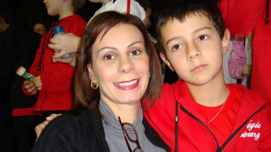 Menino Bernardo Boldrini, de 11 anos, com sua Mãe