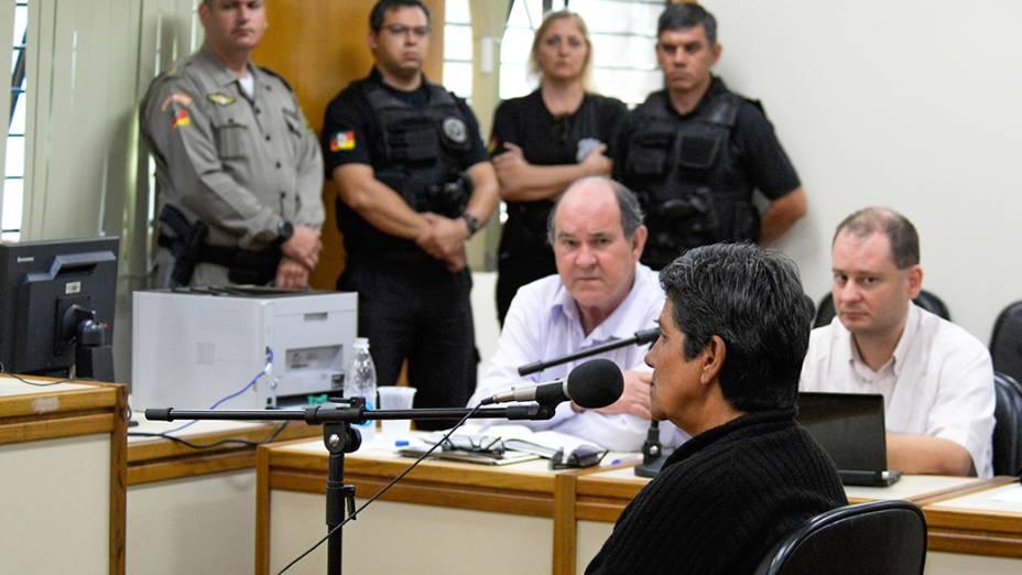 A mãe de Edelvânia Wirganovicz, presta depoimento sobre o envolvimento da filha no crime contra o menino Bernardo