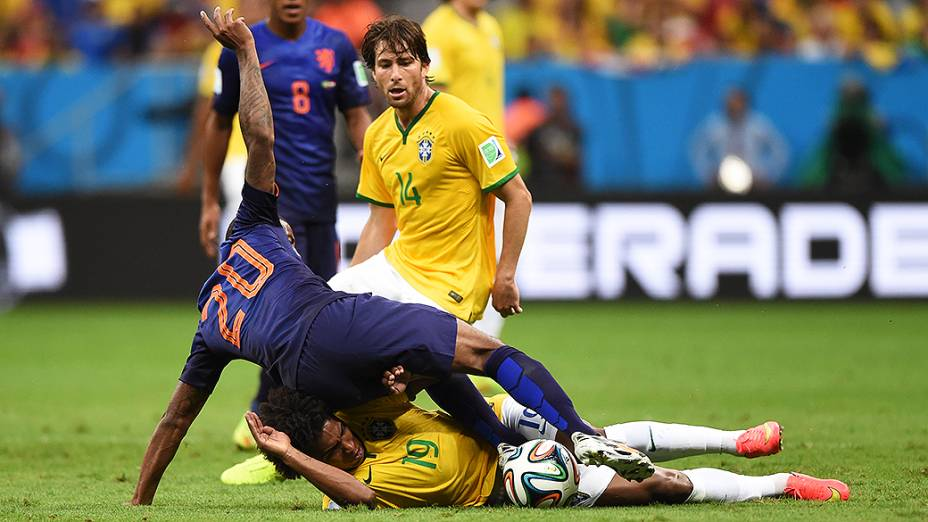 Lance no jogo entre Brasil e Holanda no Mané Garrincha, em Brasília