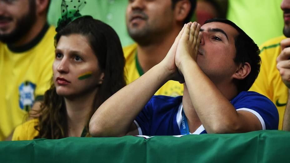 Torcedores do Brasil durante o jogo contra a Holanda no Mané Garrincha, em Brasília