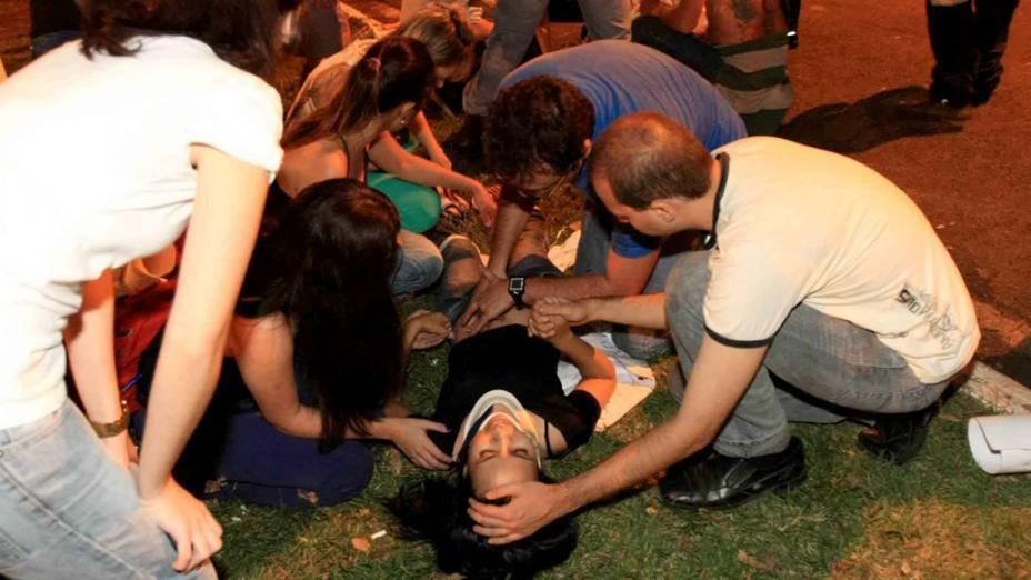Ribeirão Preto - Um manifestante morreu e outros três foram atopelados por carro que tentou furar o bloqueio