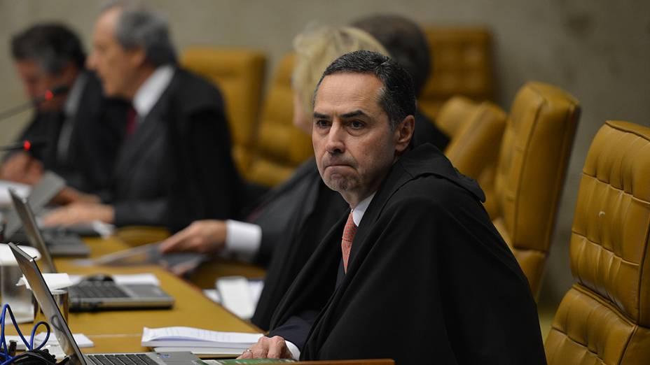 Luís Roberto Barroso durante o julgamento do mensalão