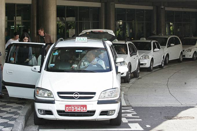 brasil-taxi-sao-paulo-20100822-01-original.jpeg