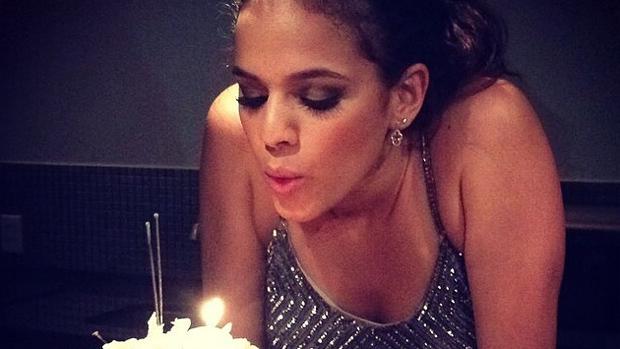 Bruna Marquezine em sua festa de aniversário