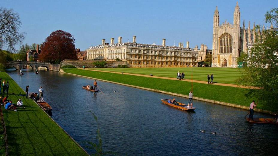 Universidade de Cambridge, na Grã-Bretanha - 7º lugar no ranking do THE