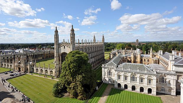 Universidade de Cambridge, na Grã-Bretanha - 3º lugar no ranking de reputação da revista THE