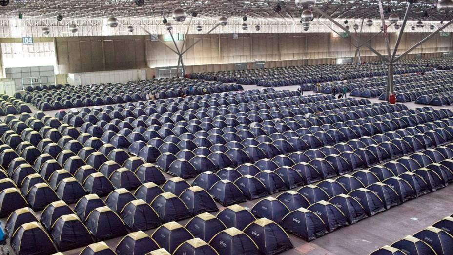 O camping no primeiro dia da Campus Party, no Parque Anhembi, São Paulo