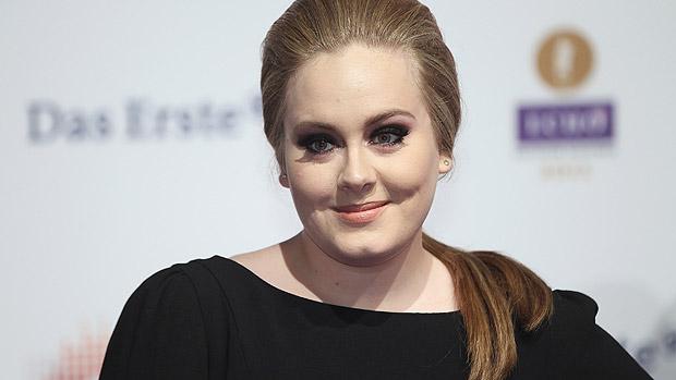 Cantora britânica Adele bate recordes de venda