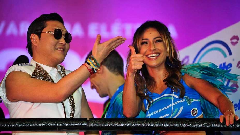 Cantor Coreano Psy e Sabrina Sato cantam no trio de Claudia Leitte pelo circuito Barra Ondina