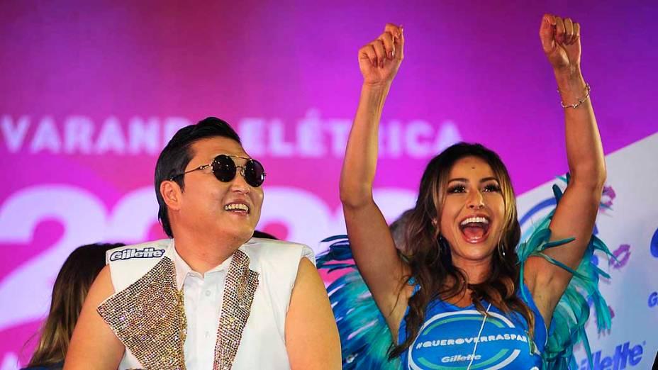 Cantor Coreano Psy e Sabrina Sato cantam no trio de Claudia Leite pelo circuito Barra Ondina