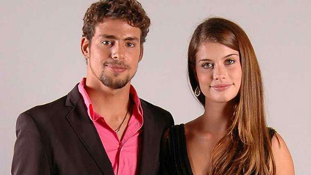 Cauã Reymond e Alinne Moraes, que namoraram durante três anos, em 2005.
