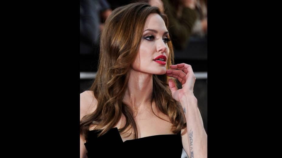 Angelina Jolie chega às 84° Premiação do Oscar, no Hollywood & Highland Center, em Los Angeles