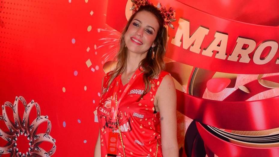 Luana Piovani chega para curtir o carnaval do Rio
