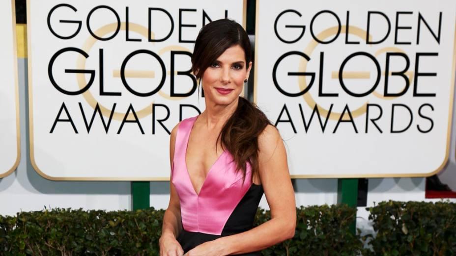Atriz Sandra Bullock chega para a premiação do Globo de Ouro, na Califórnia