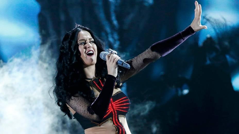 Katy Perry se apresenta durante a premiação do Grammy 2014