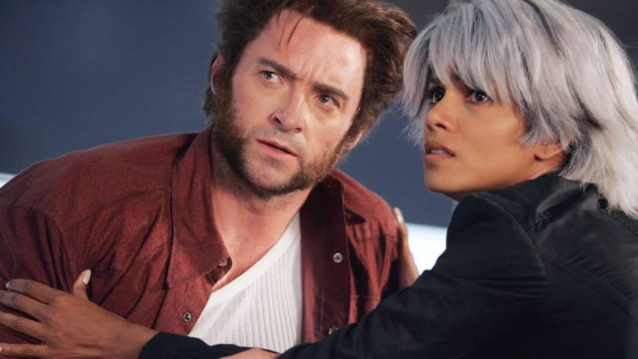 Hugh Jackman, como Wolverine, e Halle Berry, como Tempestade, no filme X-Men 3