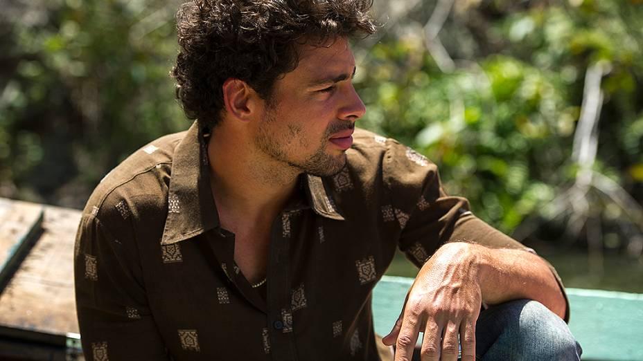 Leandro (Cauã Reymond)