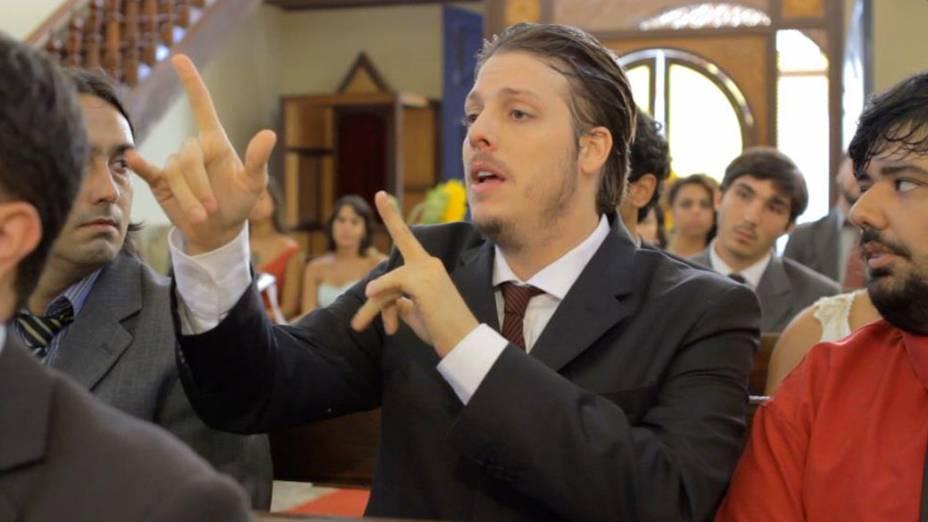 Fábio Porchat durante vídeo do Porta dos Fundos Casamento