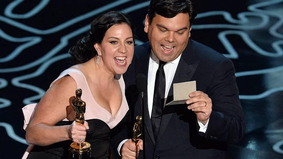Kristen Anderson-Lopez e Robert Lopez receberam a estatueta de melhor canção original pela música Let it Go da animação Frozen