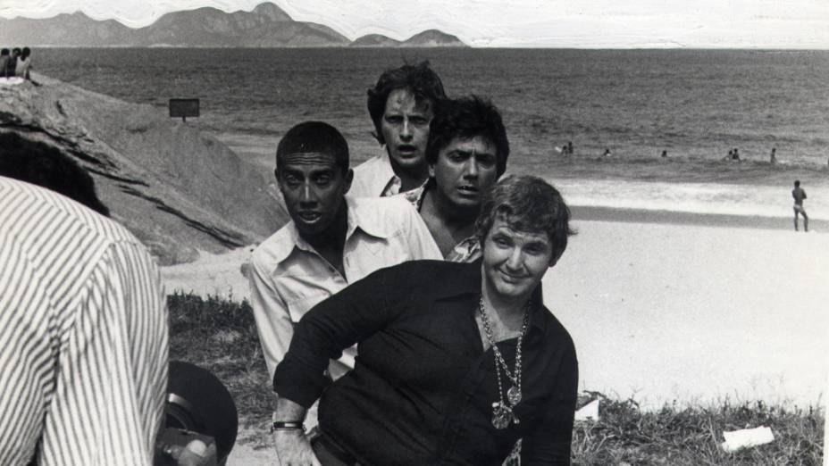 Jô Soares, Paulo Silvino, Agildo Ribeiro e Fulvio Stefanini, durante gravação do programa Planeta dos Homens, da Rede Globo em 1976