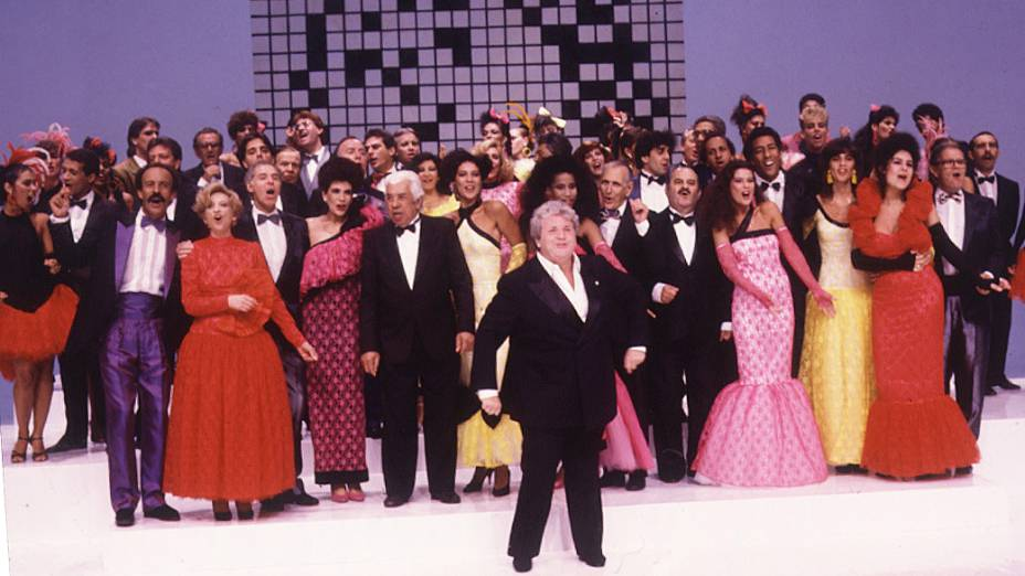 Jô Soares apresentando o programa Viva o Gordo, da Rede Globo em 1981