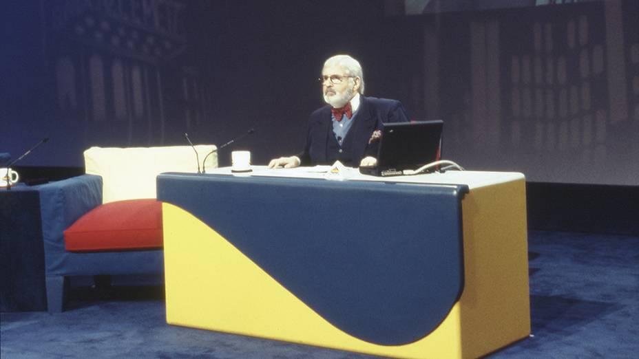 Jô Soares no programa Jô Soares Onze e Meia, do SBT em 1997