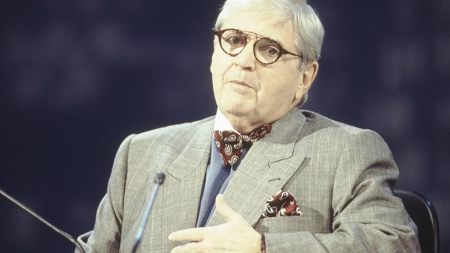 Jô Soares, humorista e apresentador do programa Jô Soares Onze e Meia, no SBT em 1995