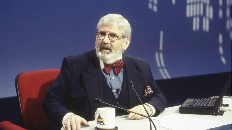 Jô Soares, humorista e apresentador do programa Jô Soares Onze e Meia, no SBT em 1997