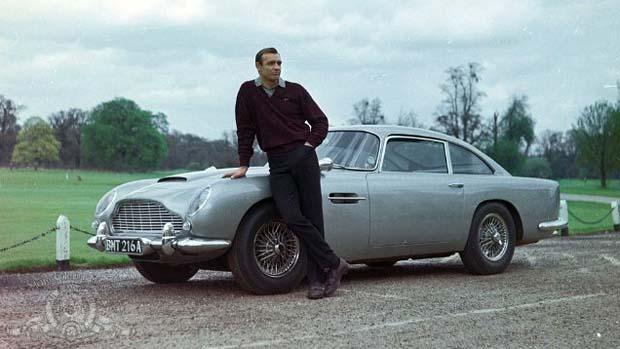 Cena do filme 007 contra Goldfinger(1964), com Sean Connery, cuja carreira foi impulsionada pela franquia
