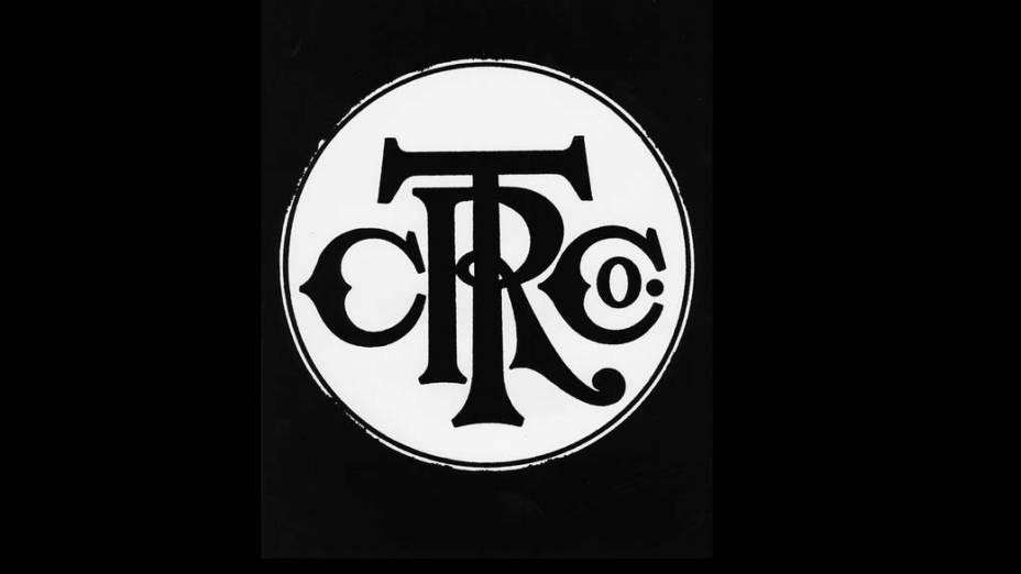 1911- A IBM nasce como Computing Tabulating and Recording Company, ou C-T-R, uma Empresa de Tabulação especializada em cartões perfurados, escalas comerciais e relógios
