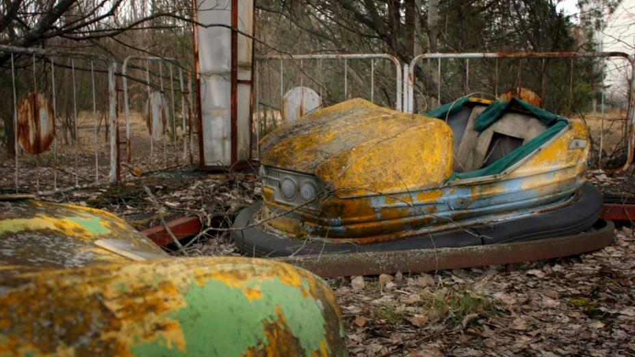 Parque de diversões abandonado na cidade de Pripyat, Ucrânia