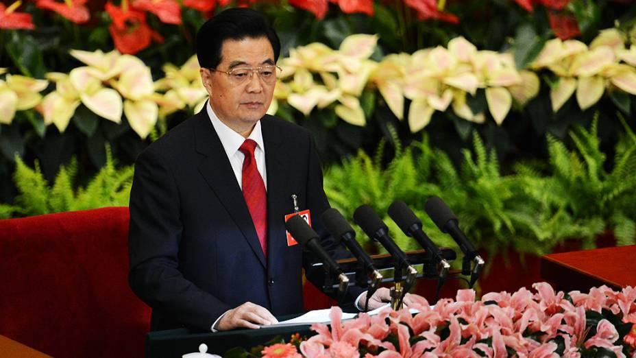 O presidente chinês, Hu Jintao, discursa na abertura do 18º Congresso do Partido Comunista no Grande Salão do Povo, em Pequim