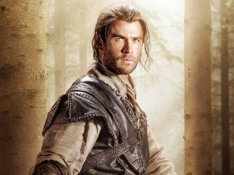 Chris Hemsworth no filme O Caçador e a Rainha de Gelo