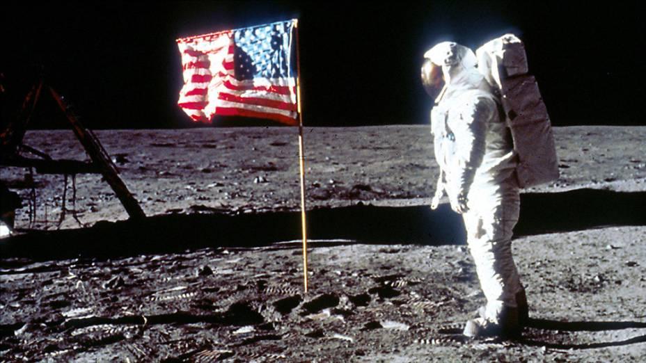 <p>O astronauta Edwin Aldrin durante missão Apollo 11 na Lua, em 1969</p>