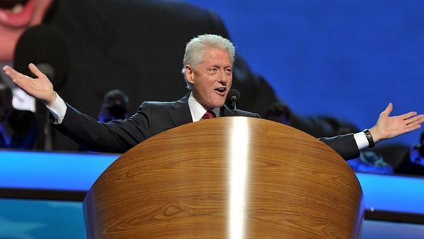 Bill Clinton nomeou oficialmente Barack Obama como o candidato democrata para as eleições de novembro