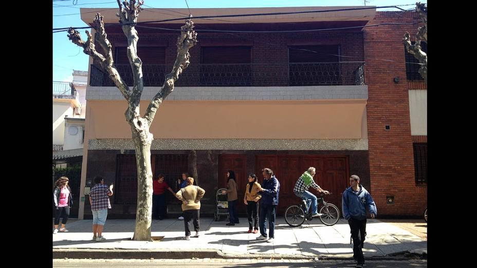 Fachada da casa de mesmo número da que morou Bergóglio quando criança, em Buenos Aires