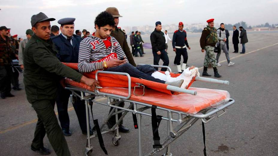 Torcedor ferido, no Cairo