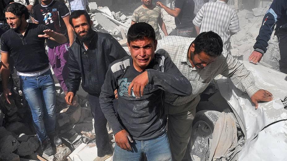 Ataque aéreo mata pelo menos 44 pessoas no norte da Síria