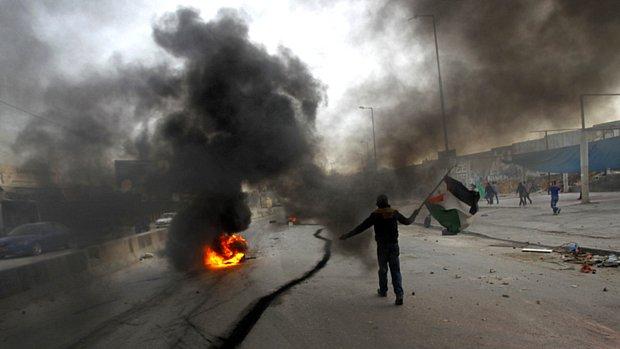 Palestinos e israelenses entram em conflito em Gaza