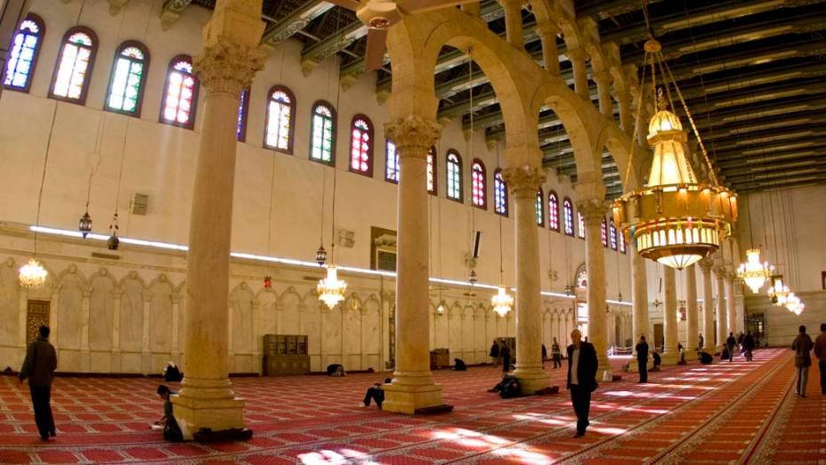 Interior de mesquita em Damasco, Síria