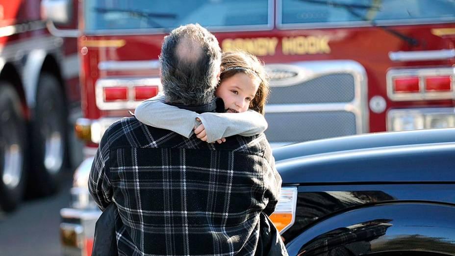 Pelo menos 27 pessoas, incluindo crianças, foram mortas nesta sexta-feira, quando o atirador Ryan Lanza abriu fogo em uma escola primária em Newtown, Connecticut