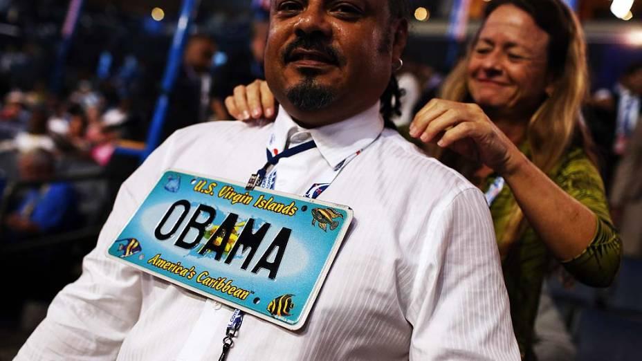 Representante das Ilhas Virgens no primeiro dia da Convenção Nacional Democrática em Charlotte, Estados Unidos